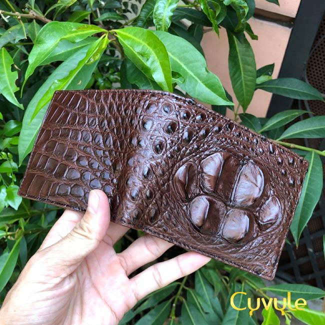 Những sản phẩm độc đáo từ da cá sấu khiến nhiều người kinh ngạc - 50