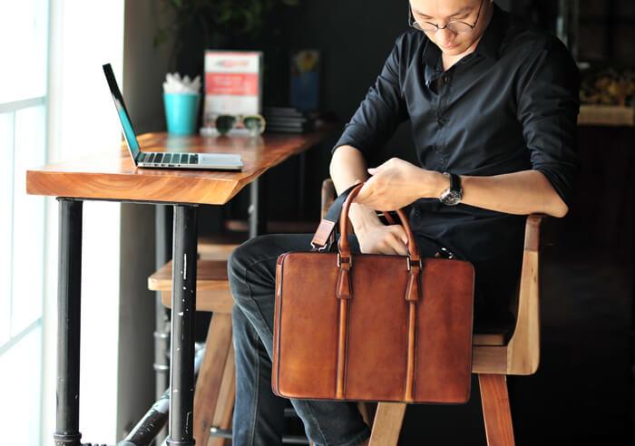 Tuyệt chiêu giúp bạn chọn túi xách da đẹp nhất !