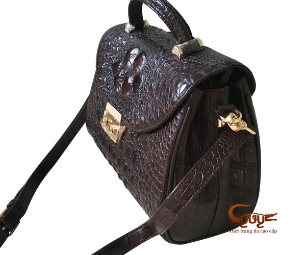 Cách chọn túi xách và sử dụng túi xách hợp phong thủy