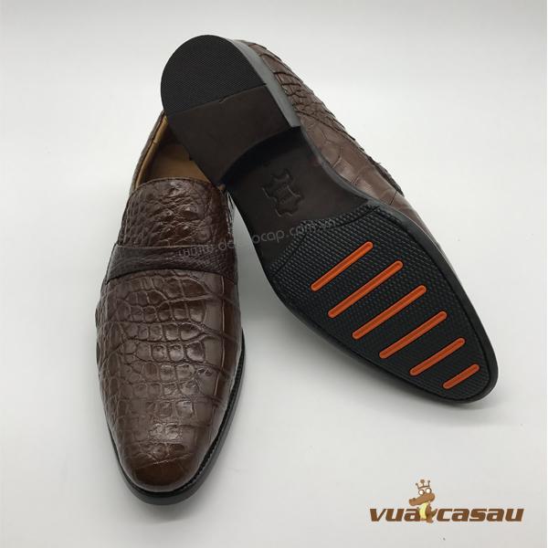 Giày da cá sấu màu nâu đất da hông