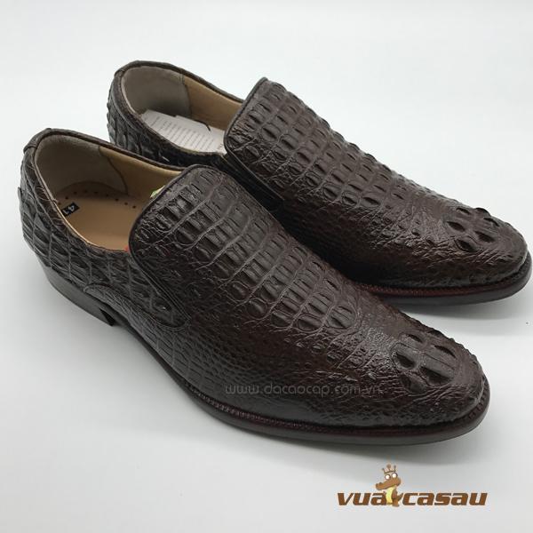 Giày da cá sấu nguyên con màu nâu