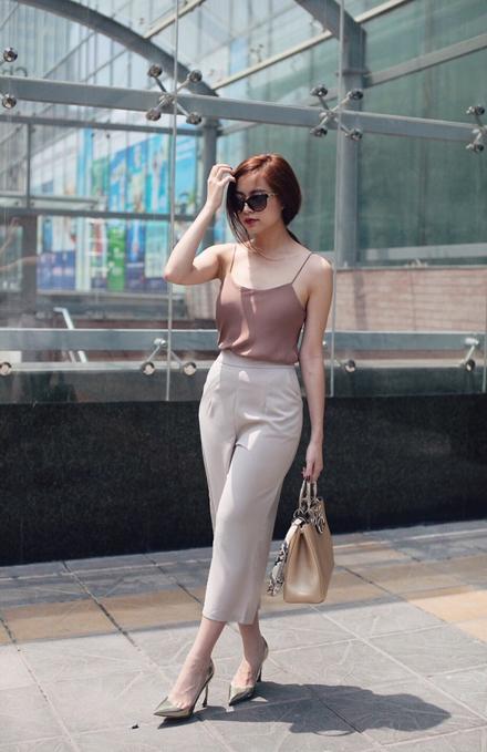 Phong cách thời trang dạo phố cực chất của hoàng thùy linh - 3