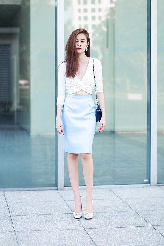 Phong cách thời trang dạo phố cực chất của hoàng thùy linh - 4