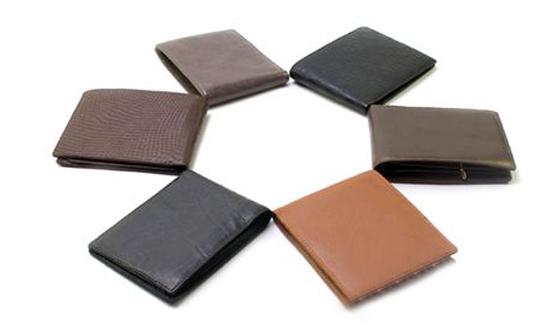 Lưu ý quan trọng khi chọn mua ví da thời trang - 1