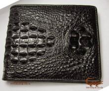 Một số cách nhận biết ví da cá sấu thật - 3