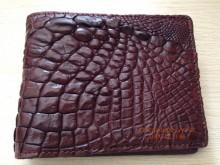 Mẹo nhỏ giúp bạn bảo vệ ví da cá sấu đẹp và bền lâu hơn - 1