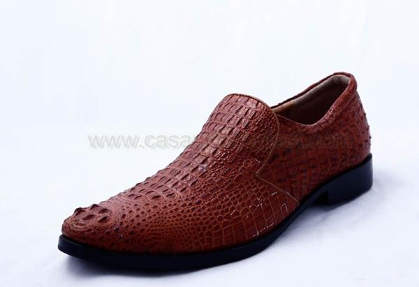 Giày da cá sấu nguyên con nhỏ màu nâu đỏ